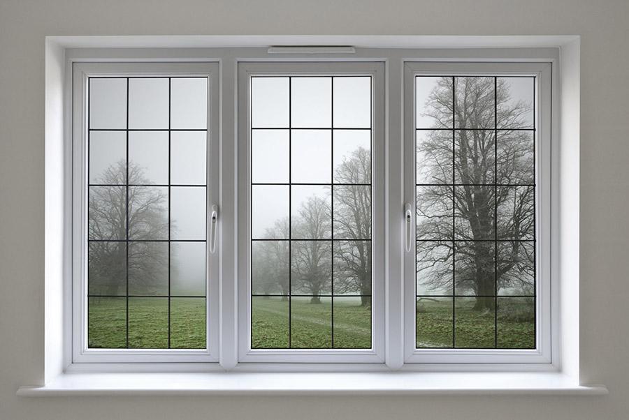 Окно с акриловым подоконником
